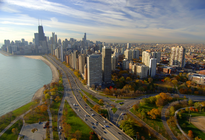 Chicago-Skyline_CC_Aerial Fall Lincolnpark